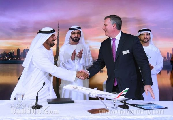 Emirates Airline Orders Dreamliners